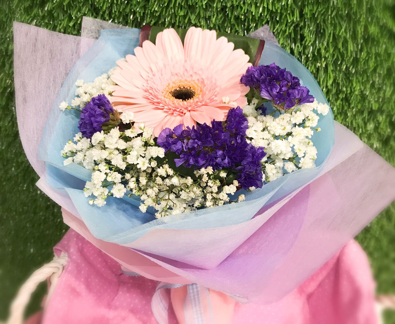 Qoo10 every need every want every day luo lan art living special offer fresh flower hand bouquet carnations i gerbera flowers izmirmasajfo