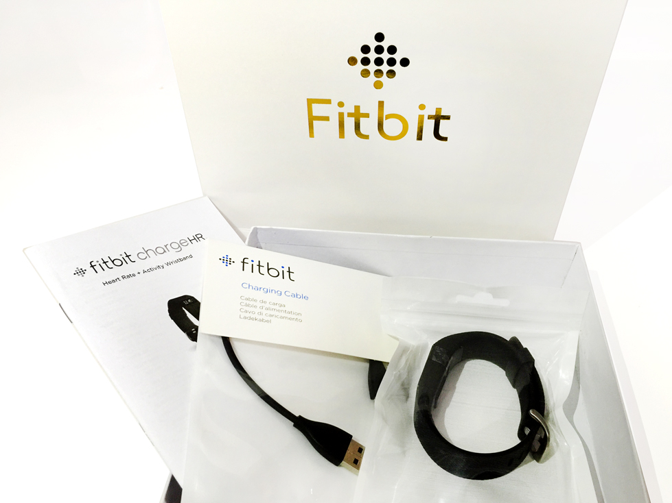 Download Fitbit Charge HR Product manual