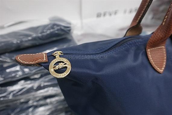 fab9446c5203 Longchamp Le Pliage Long Handle Large Navy Blue 1899 089 556. Color  Navy  Blue Size  31 x 30 x 19 cm. Material  Nylon Canvas