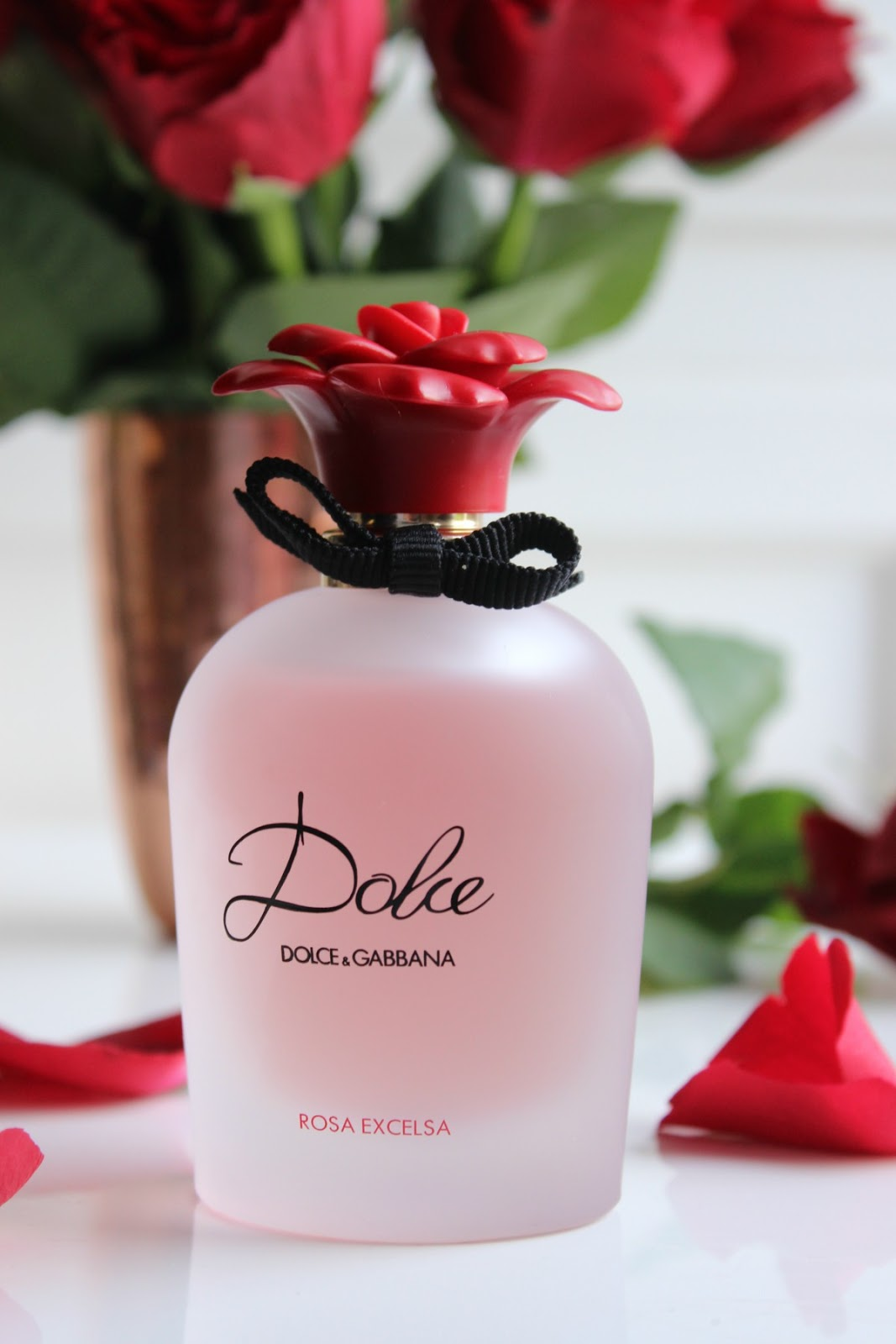 ce14255f148 The Fresh New Scent of 2016 by Dolce   Gabbana. Rosey