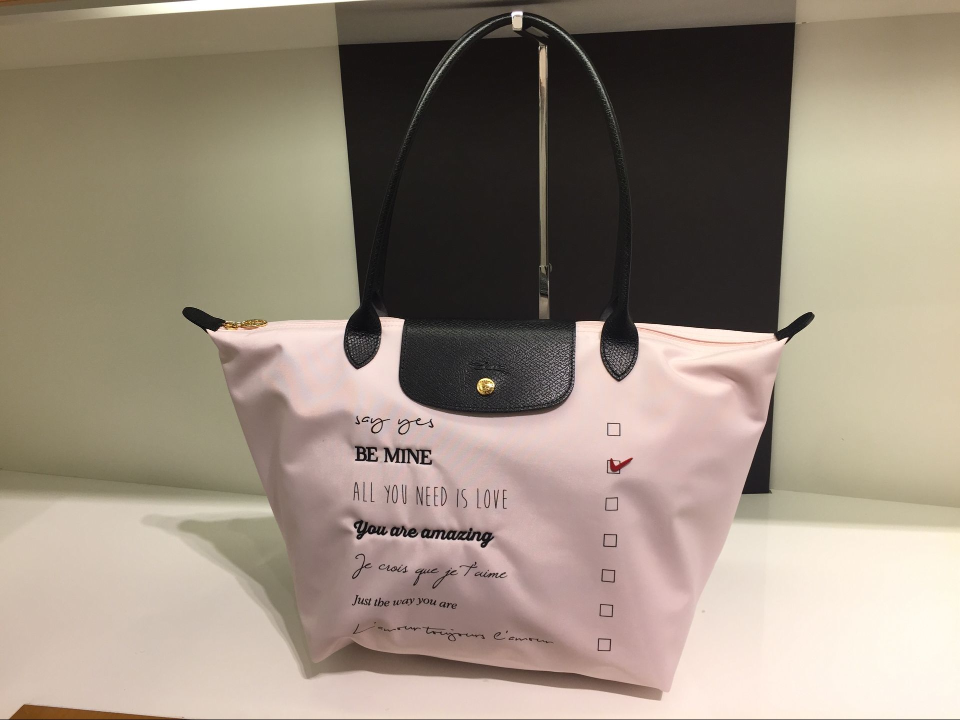 Buy New Arrival 100 Authentic Longchamp Le Pliage St Valentine Neo Medium Tote Hitam Tracking Http Eparcelkr